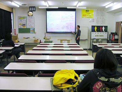 デジタル画像と動画による教習システム